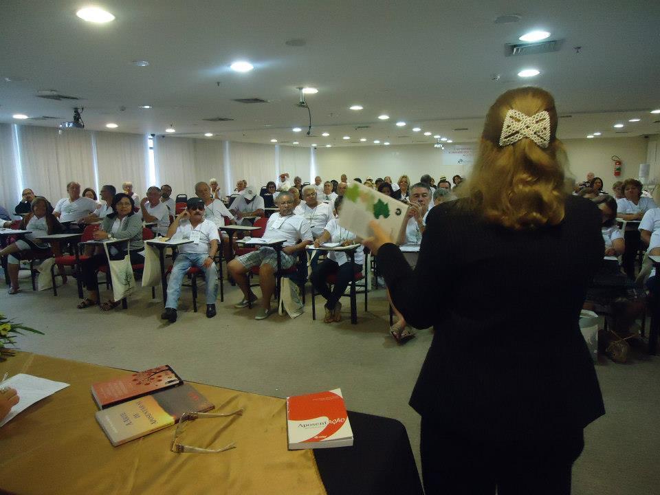 Palestra Da Professora Edelvais Keller (UFJF) Sobre PROJETO DE VIDA NA APOSENTADORIA